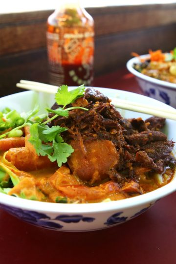 Charlie Hong Kong Charlie's Pad Thai with Hosing Pork